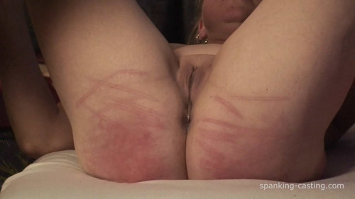 snapshot20171120114951 m - spanking-casting - MP4/HD - (CAS-437)  Vicky - 25 Strokes with Cane and Horsewhip