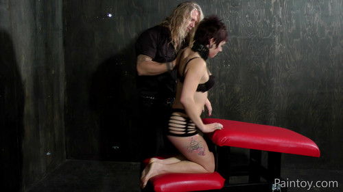 paintoy – MP4/Full HD – Pixie Spanked