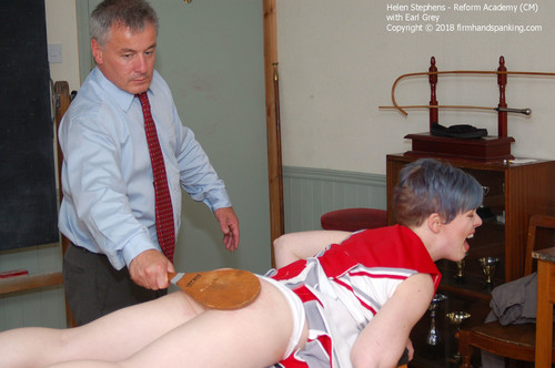 academy cm013 m - firmhandspanking – MP4/HD – Helen Stephens - Reform Academy CM/The paddle makes stunning Helen Stephens sorry for wearing a cheer uniform
