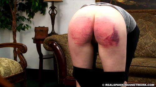 snapshot20180117191631 m - realspankingsnetwork - MP4/Full HD - Hailey Spanked with the Belt