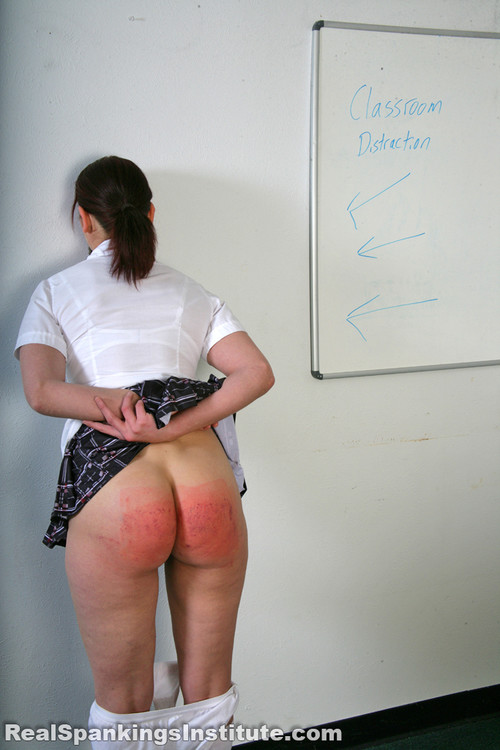 14421 071 m - realspankingsinstitute – MP4/Full HD – Syrena: Punished in Class by The Dean
