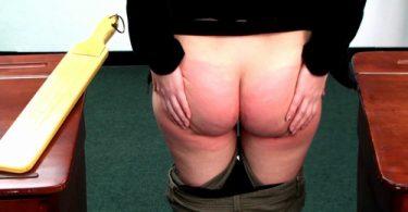 snapshot20180223124714 m 375x195 - firmhandspanking - MP4/HD - Katya Nostrovia - Sugar Daddy CE/The sharp CRACK of a wooden paddle spanking Alison Miller's bare bottom!