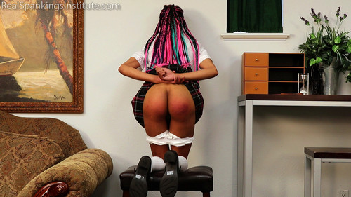 14488 001 m - realspankingsinstitute – MP4/Full HD – Lily's Arrival and Meeting with The Dean