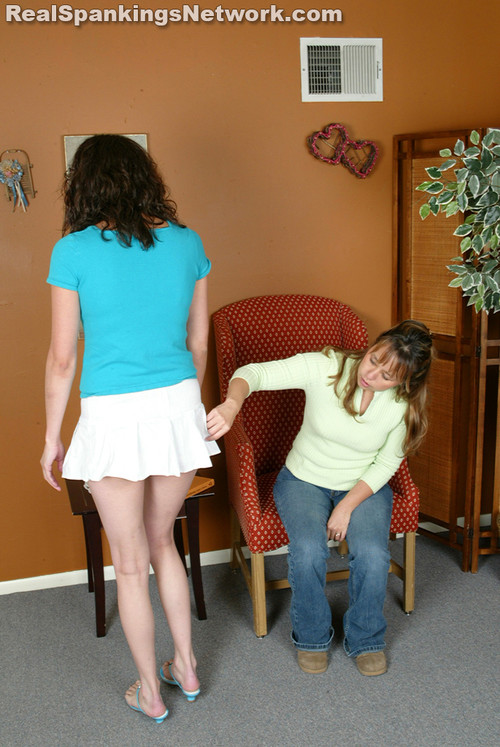 7223 004 m - spankingteenbrandi – RM/SD – Brandi Strapped for Her Attire