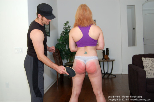 fanatic d014 m - firmhandspanking – MP4/HD – Lyra Bryant - Fitness Fanatic D/Fitness Fanatic Lyra Bryant gets a squat workout with a difference - a spanking