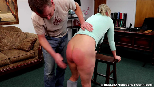 snapshot20180312122115 m - realspankingsinstitute – MP4/Full HD – Mila Spanked with her Breasts Exposed