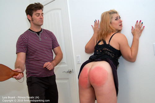 fanatic h015 m - firmhandspanking – MP4/HD – Lyra Bryant - Fitness Fanatic H/Series finale paddling turns Lyra Bryant's bouncing bottom a stinging red