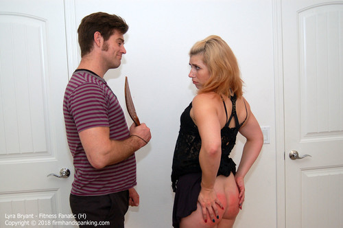 fanatic h023 m - firmhandspanking – MP4/HD – Lyra Bryant - Fitness Fanatic H/Series finale paddling turns Lyra Bryant's bouncing bottom a stinging red