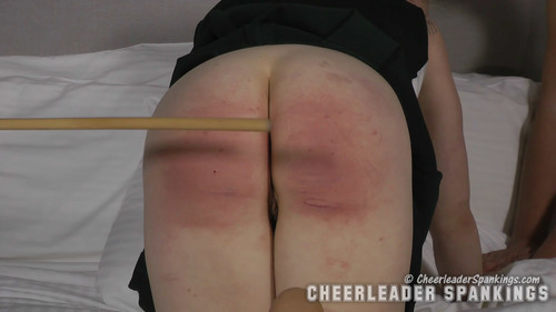 snapshot20180420104839 m - cheerleaderspankings – MP4/Full HD – Adriana Evans, Stevie Rose and Johnny Lake - Caned Without Mercy