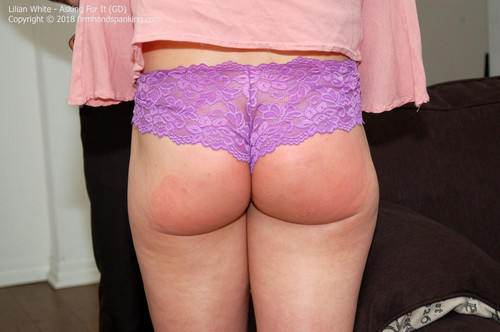 asking gd024 m - firmhandspanking – MP4/HD – Lilian White - Asking For It GD/Will a leather paddle spanking sting Lilian White's bare bottom enough?