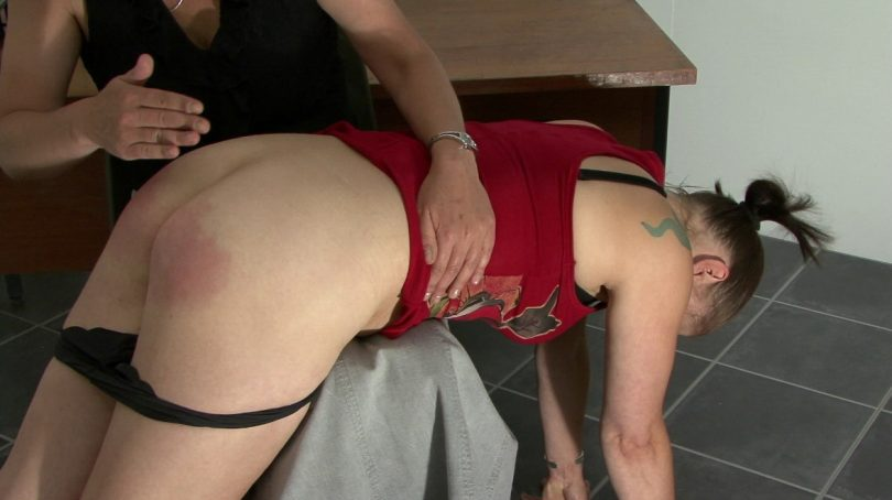 03 810x454 - Spanking Digital – MP4/HD – Elizabeth Simpson, Miss Smith - MS SMITH RETURNS | November 29, 2018