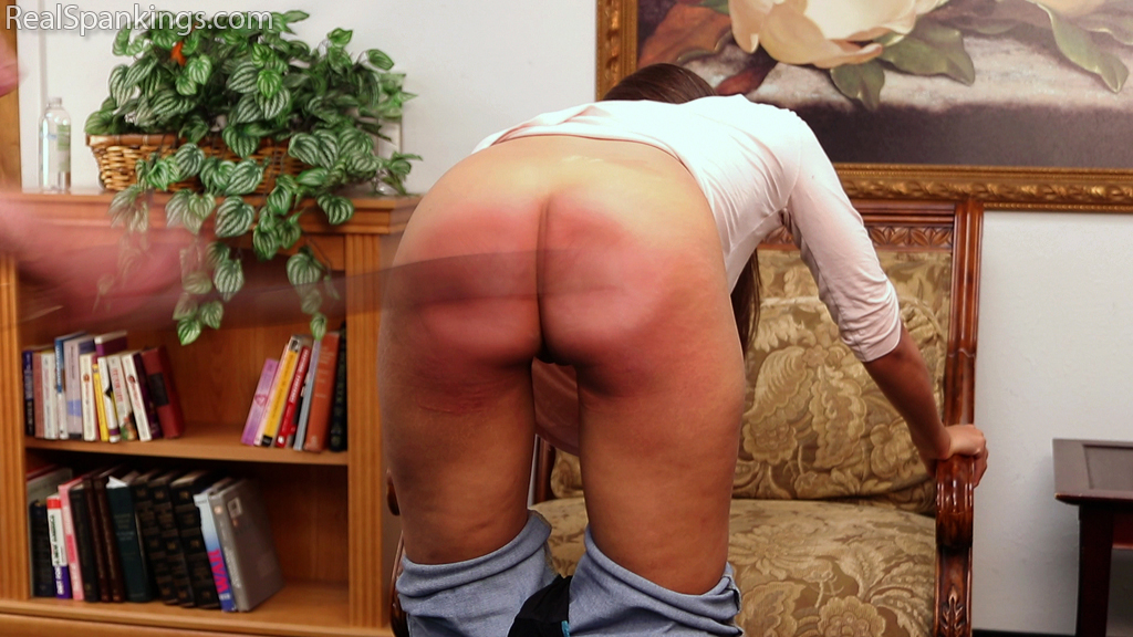 Real Spankings – MP4/Full HD – Whooped for Coming Home Late | November 09, 2018