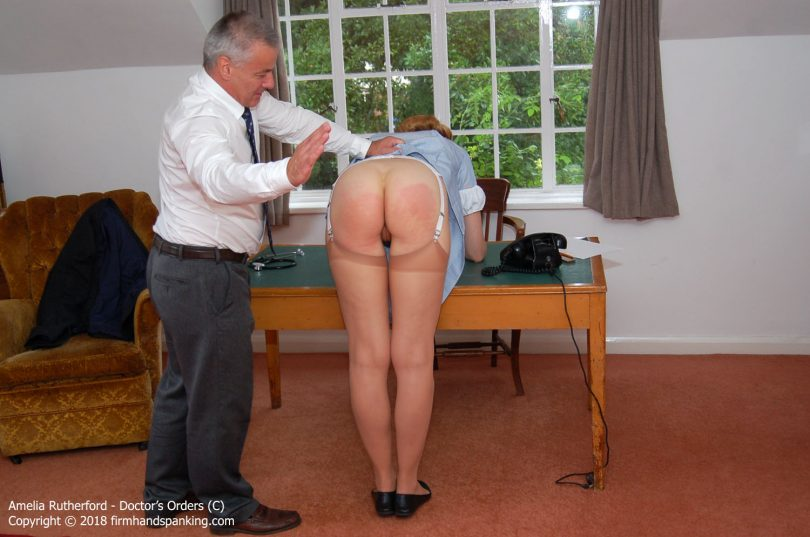 doctor c011 810x537 - Firm Hand Spanking – MP4/HD – Amelia Rutherford - Doctor's Orders - C/New nurse Amelia Rutherford realises that Dr Grey is a fearsome spanker! | Nov 19, 2018
