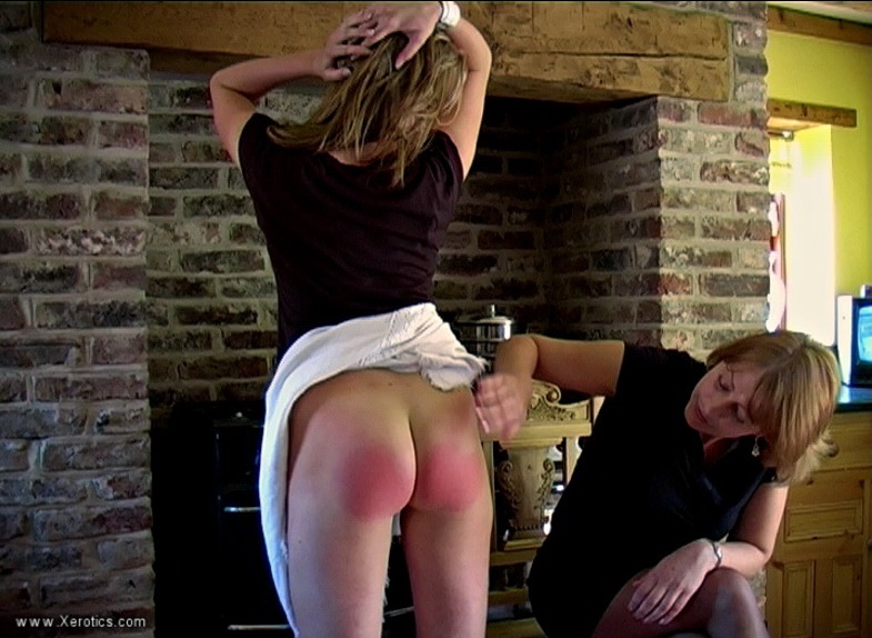 03 - Strict Spanking – MP4/SD –