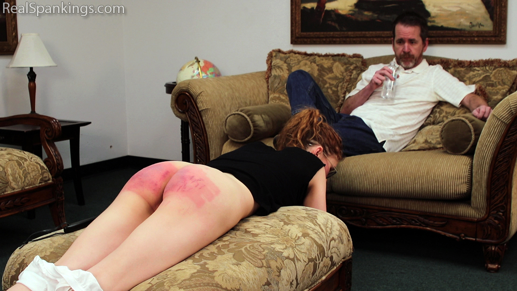 Real Spankings – MP4/Full HD – Julia's Poor Attitude Earns her a Strapping| December 12, 2018