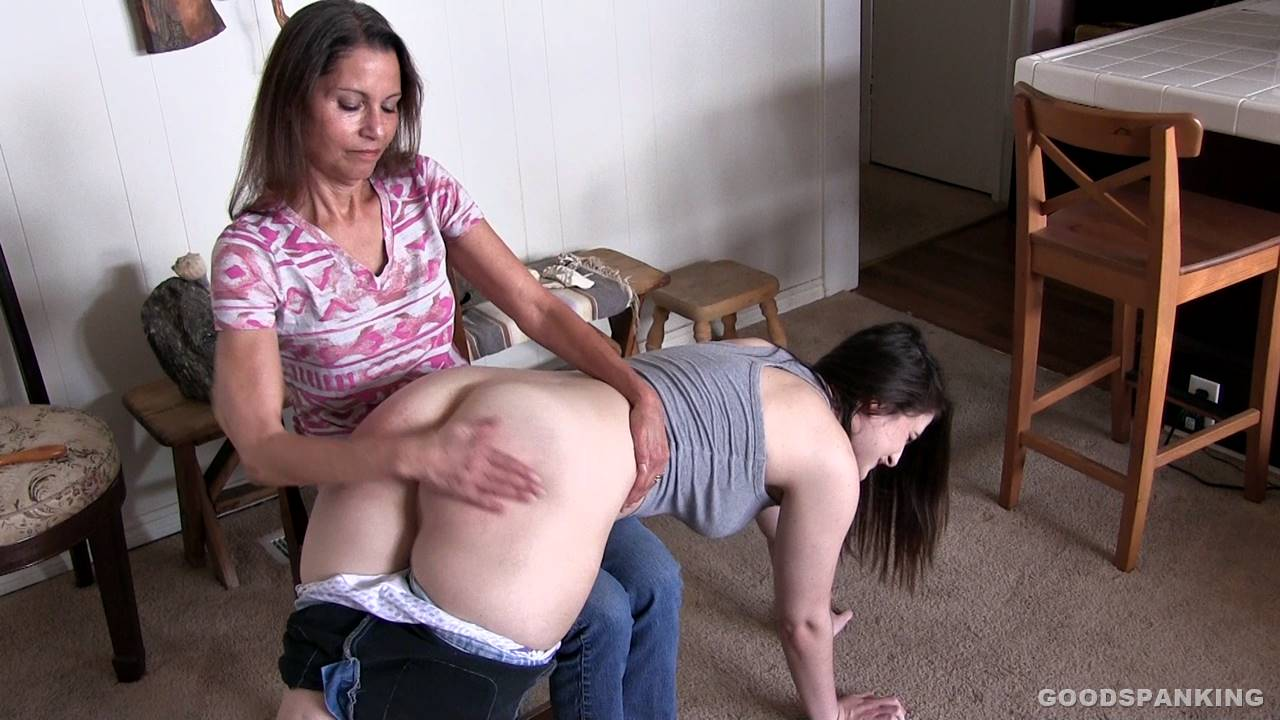 Good Spanking – MP4/Full HD – Chelsea Pfeiffer,Luci Lovett – What's Best for You | Jan. 04, 19