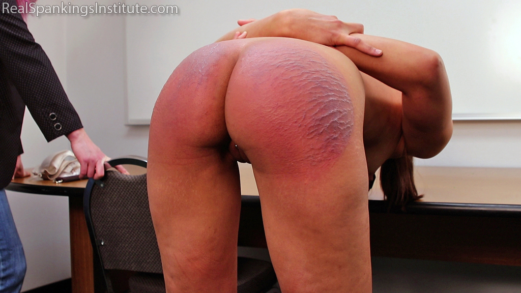 Real Spankings Institute – MP4/Full HD – Ambriel Caught with a Cell Phone (Part 2 of 2) | February 01, 2019
