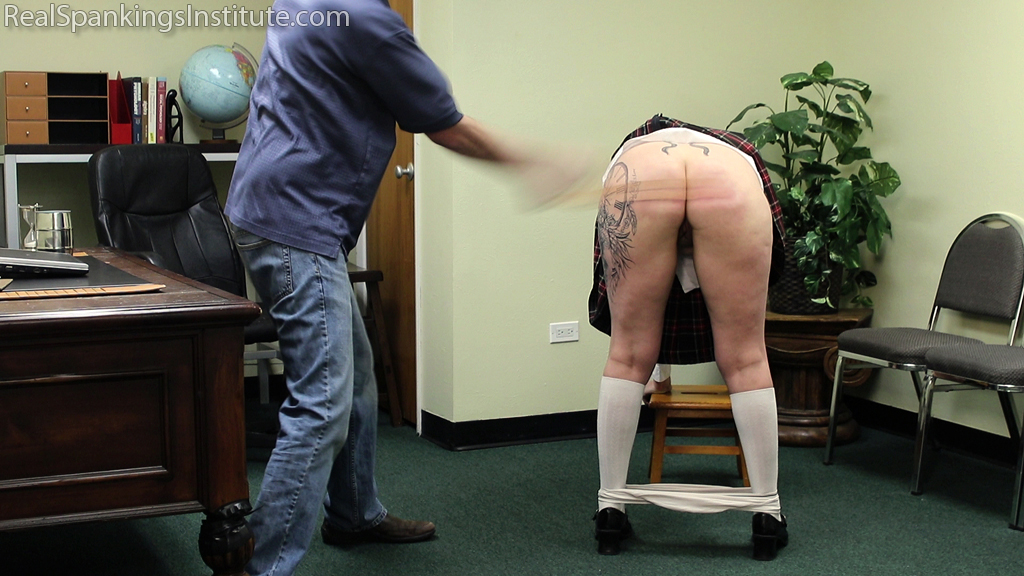Real Spankings Institute – MP4/Full HD – Jordyn Sent to See The Dean (Part 1 of 2) | February 22, 2019