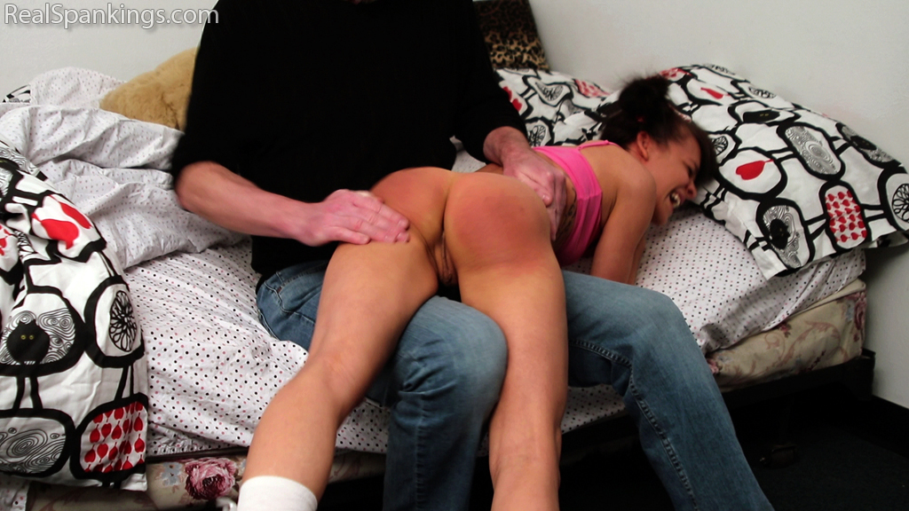 Real Spankings – MP4/Full HD – Spanked for Oversleeping (Part 1) | March 04, 2019