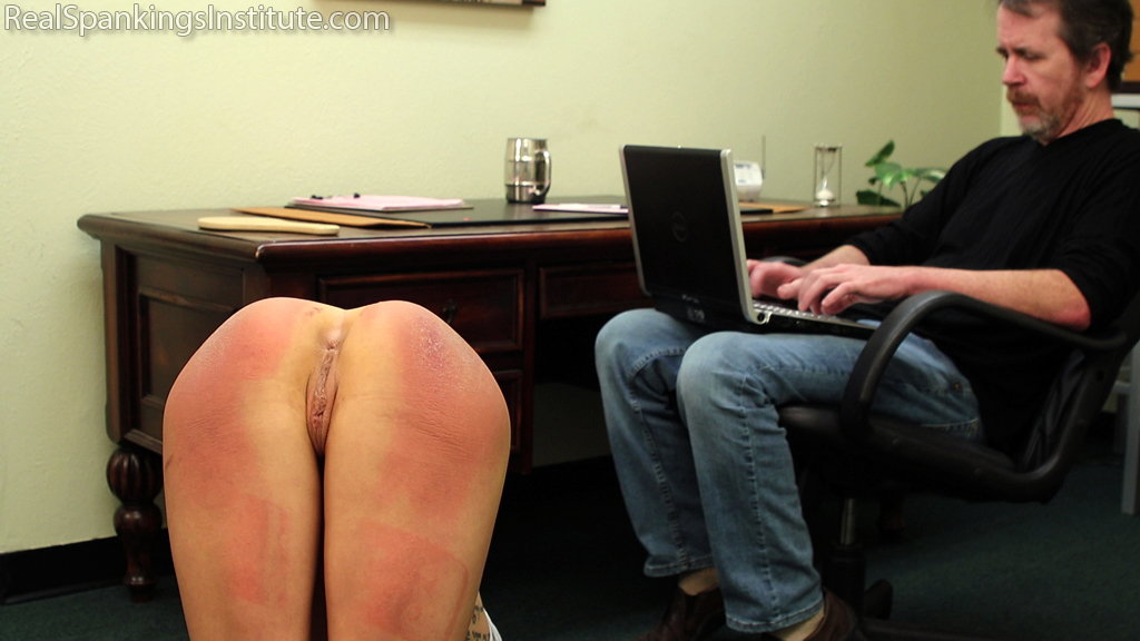 Real Spankings Institute – MP4/Full HD – Sent to the Dean for Refusing to Participate in Gym Class (Part 2) | March 15, 2019