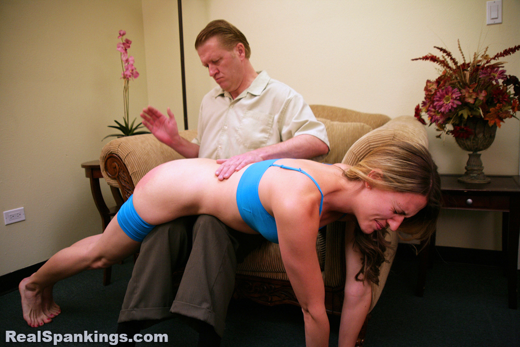 OTK Spankings – RM/HD – Monica: Spanked OTK by Danny | March 15, 2019