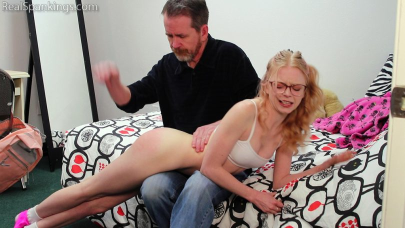 15296 018 810x456 - Real Spankings – MP4/Full HD – Alice Films Her Spanking  | March 18, 2019