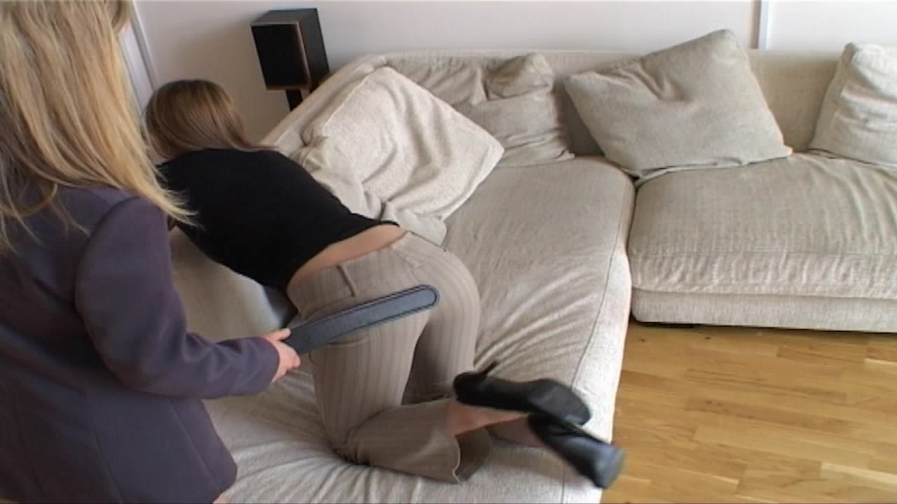 Firm Hand Spanking – MP4/HD –