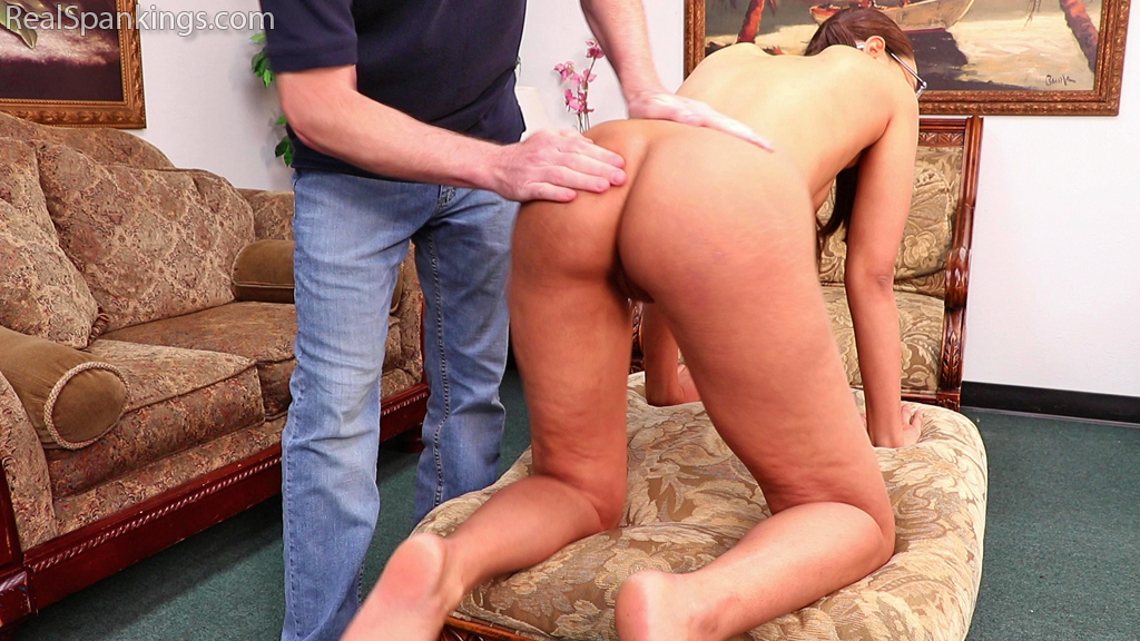 15481 003 - Real Spankings – MP4/Full HD – Ambriel's Nude Punishment