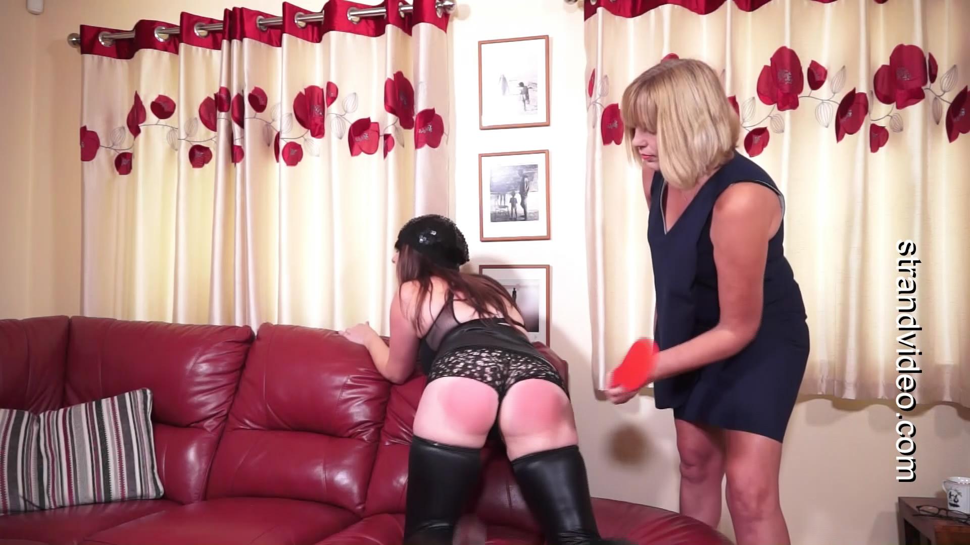 Spanking Sarah – MP4/Full HD – Luise Burton, Sarah Stern – First Paddling For Louise