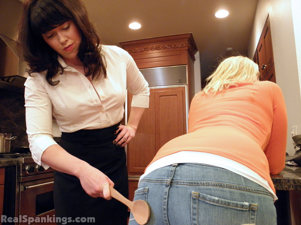 Real Spankings – MP4/Full HD – Brook Spanked for Slacking Off