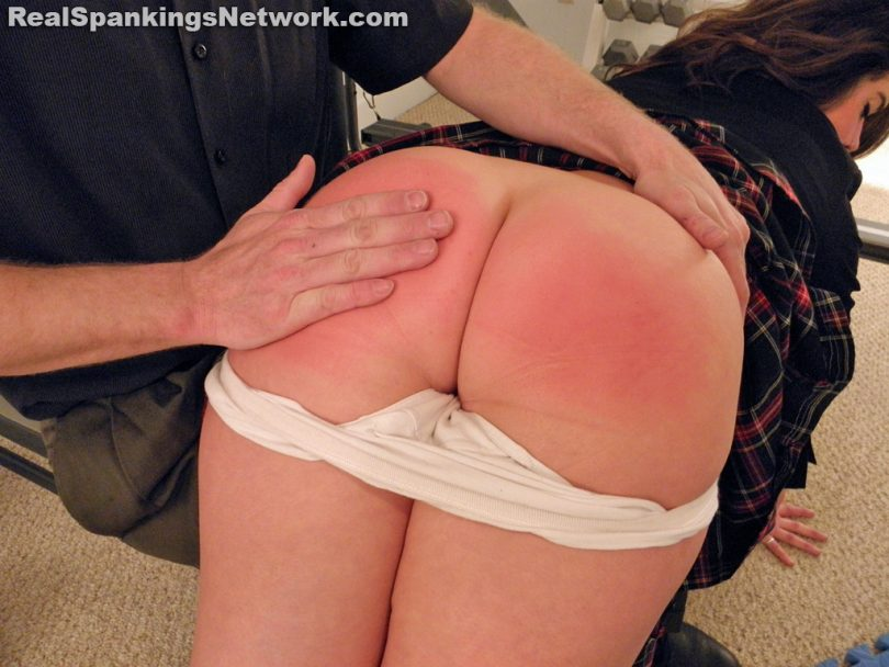 15570 008 810x608 - OTK Spankings – RM/HD – Betty Punished OTK in the Gym | July 22, 2019