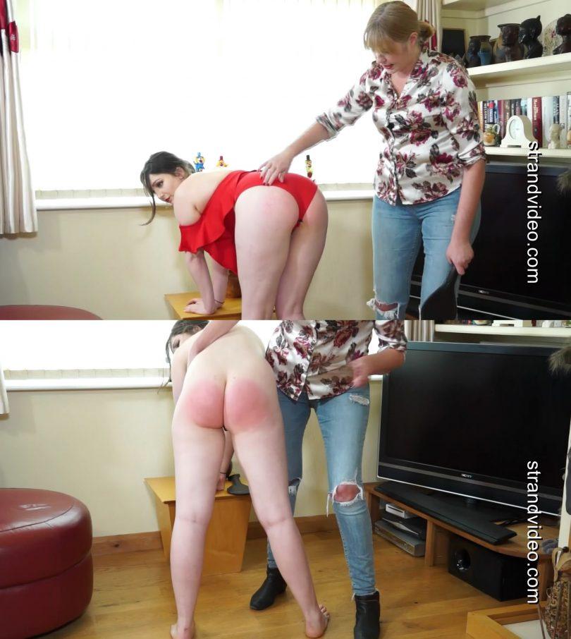 snapshot20190708221851 810x906 - Spanking Sarah – MP4/Full HD – Alexa Jones, Sarah Stern - Not the fashion