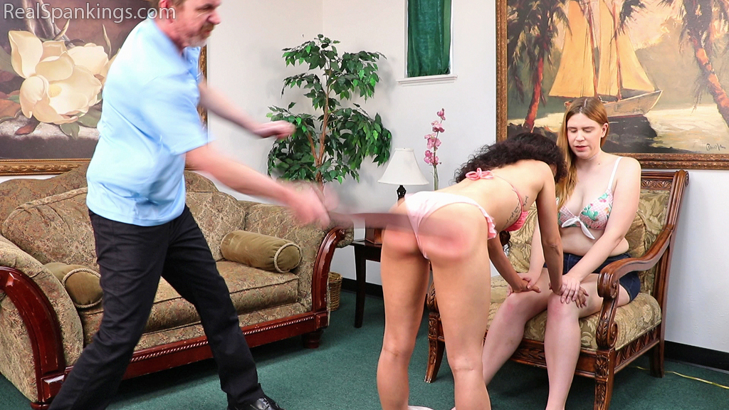 Real Spankings – MP4/Full HD – Water Park Fun Day Gone Wrong (Part 2 of 4)  | September 02, 2019