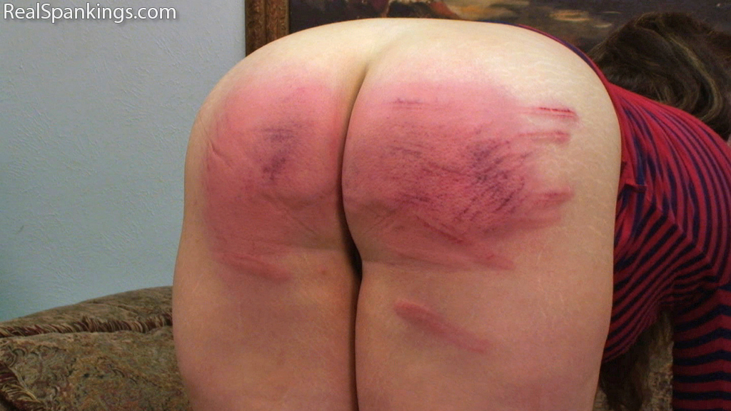 Real Strappings – RM/HD – Member Request: Betty's Birthday Spanking  | September 18, 2019