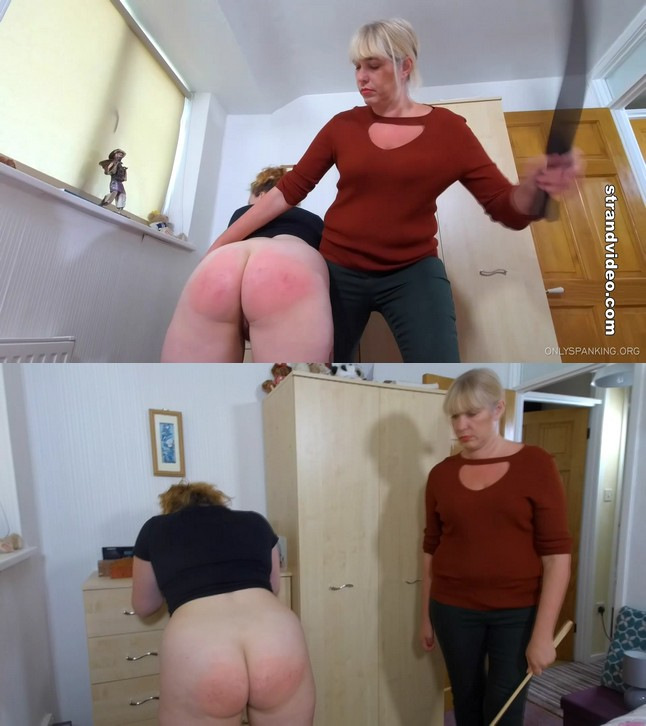 2019 10 29 120835 - English Spankers – MP4/Full HD –Punishment In The Living Room