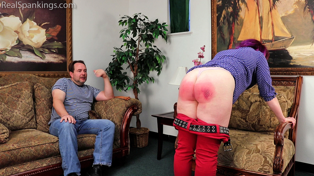 Real Spankings – MP4/Full HD – Betty is Punished for Lack of Respect (Part 2 of 2) | November 27, 2019