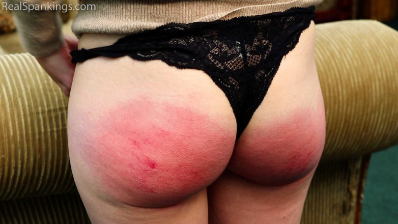 15862 010 810x456 - Real Spankings – MP4/Full HD – Annie's Real Discipline (Part 1 of 2)