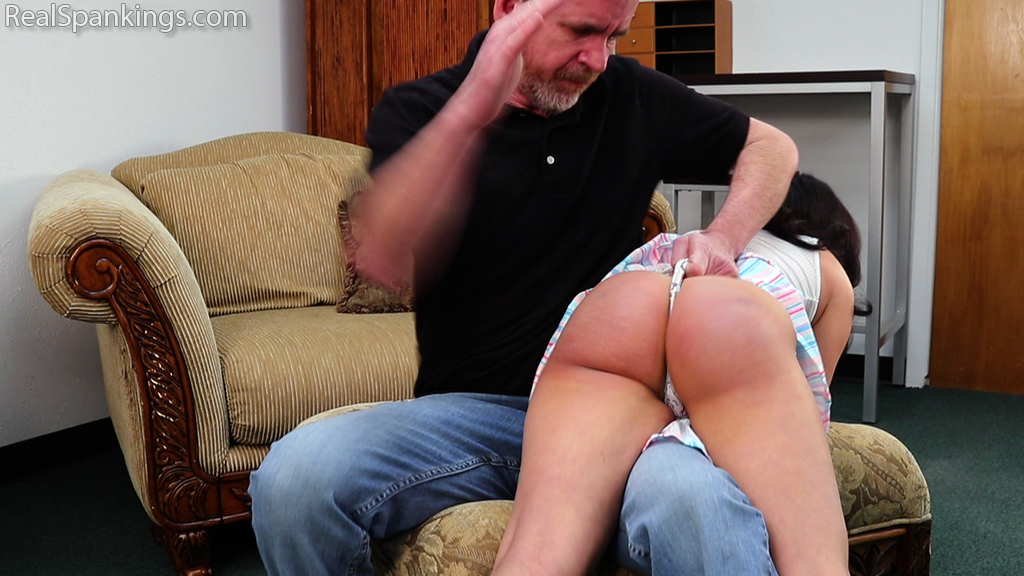 Real Spankings – MP4/Full HD – Kiki Learns a Proper Lesson About Respect and Attitude (Part 1)