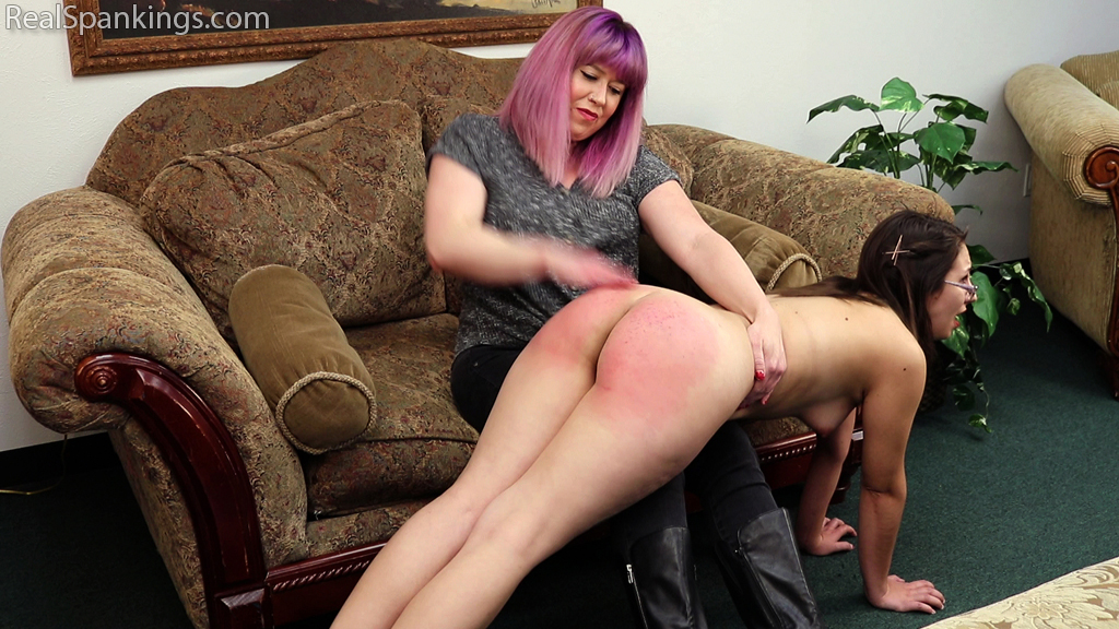 Real Spankings – MP4/Full HD – Harlan's OTK and Strapping by Miss Betty (Part 1 of 2) | February 07, 2020