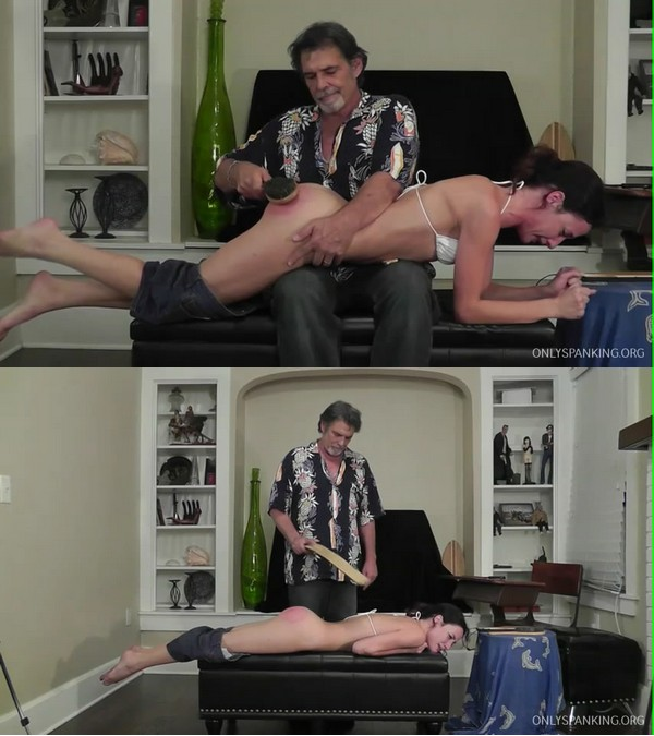 Dallas Spanks Hard – MP4/SD – Hailey 8 – Hairbrush & Strap