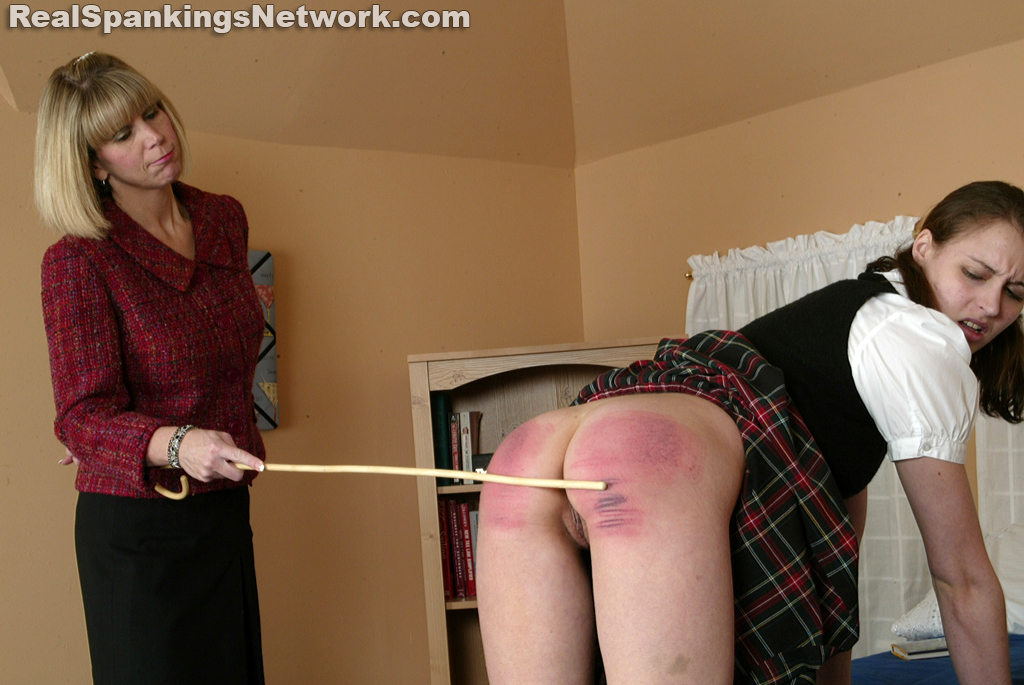 Real Spankings Institute – MP4/HD – Melody Gets the Cane
