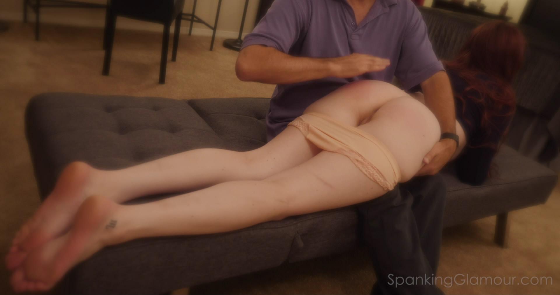 Spanking Glamor – MP4/Full HD – Aria Carson Bonus Tickle 1