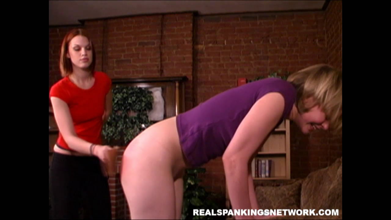 Real Spankings – MP4/Full HD – Lily,Kailee – Lily's Hard Strapping | Thu May 21, 2020