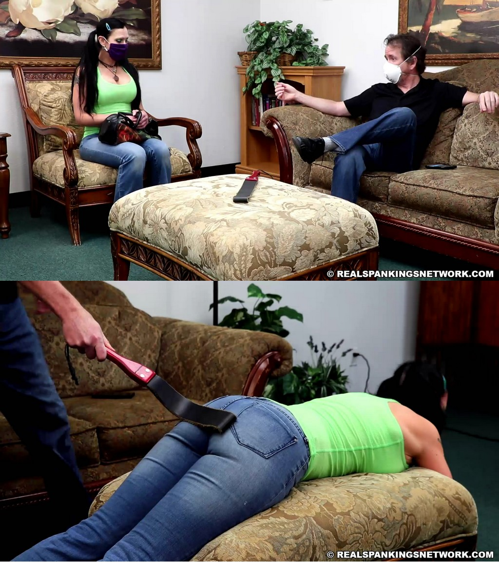 Real Spankings – MP4/Full HD – Lilith – Lilith Comes Home Late