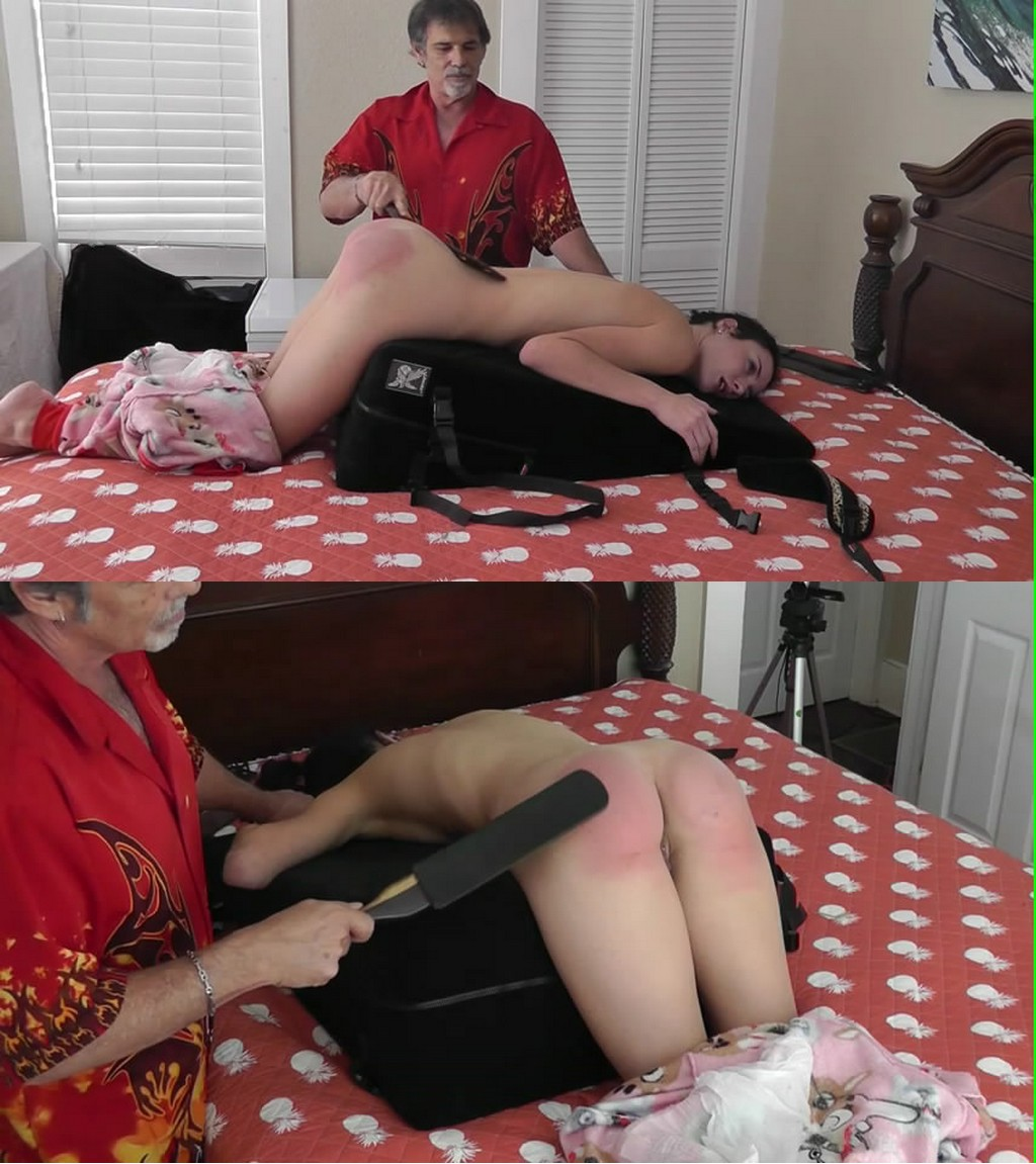 Dallas Spanks Hard – MP4/SD – Hailey Triple-play 9 – Drop-seat Down Double Strap