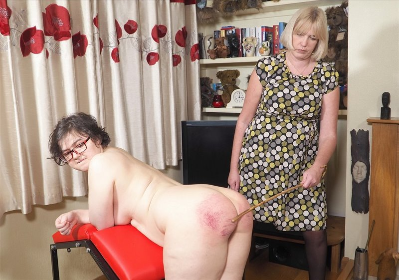 English Spankers – MP4/Full HD – Sarah Stern, Bemny Franks – A Story From St. Justs Academy Caned