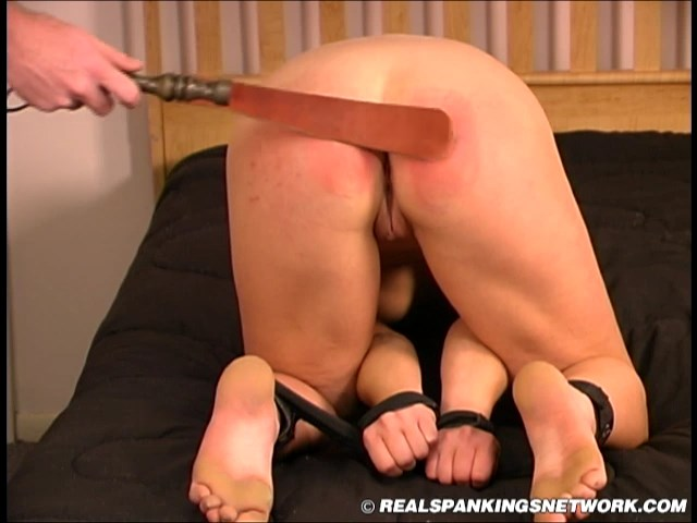 Real Strappings  – RM/SD – Chloe – Chloe's Restrained Spanking (Nov. 25, 2020)