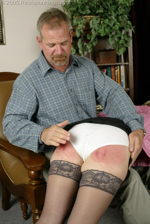 Real Spankings – MP4/FullHD – Elizabeth Burns – Mr. Daniels Spanks Ms. Burns (Part 1) (Thu Nov 19, 2020)