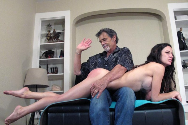 Dallas Spanks Hard – MP4/SD – Hailey – Dossier Of Self-control 6 – No Sun-screen Spanking