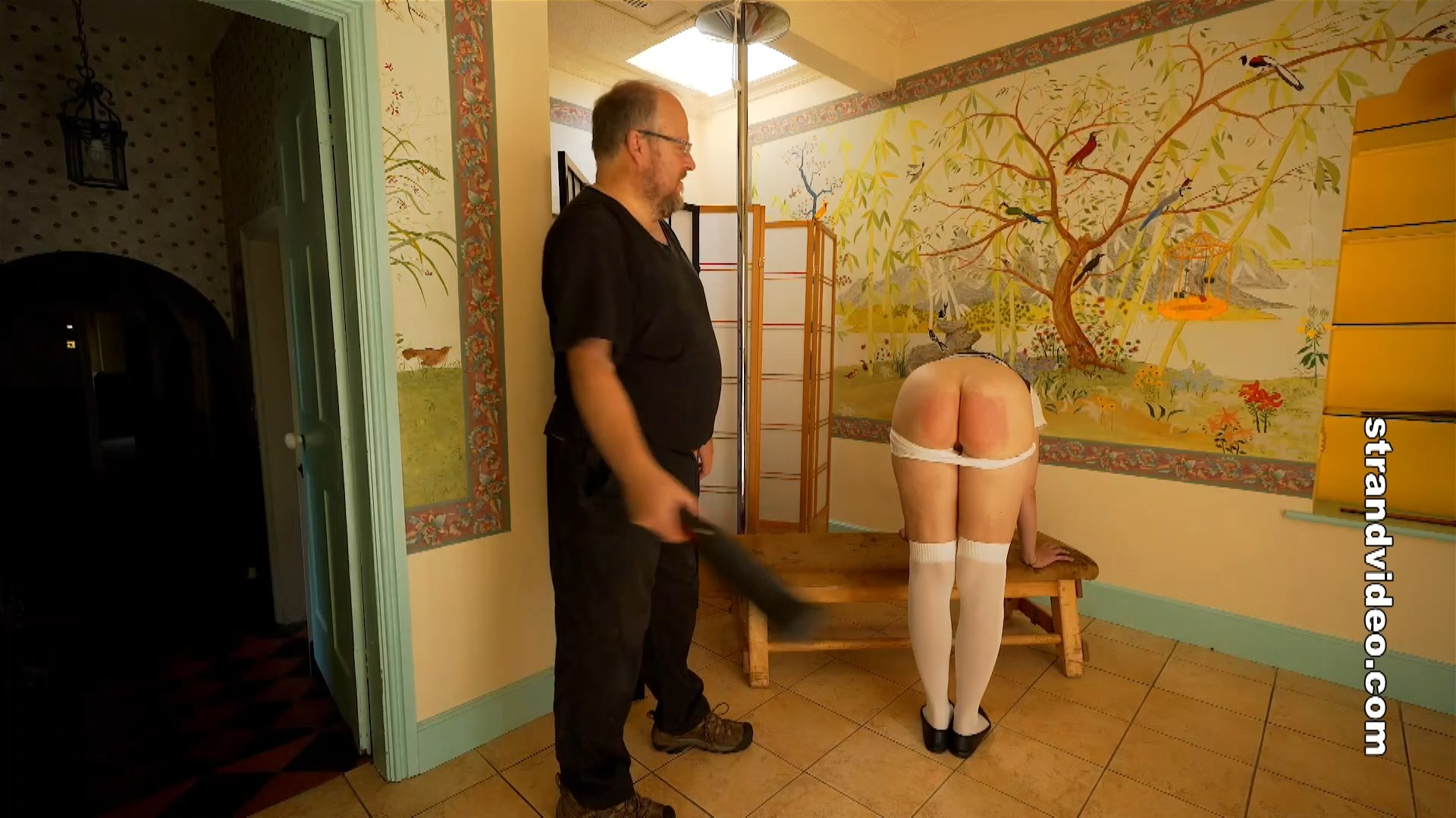 Spanking Sarah – MP4/Full HD –  Amelia Jane Rutherford, Master Huwel – The Physics Master